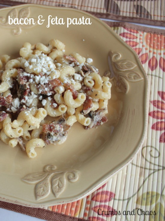 Bacon Feta Pasta | Crumbs and Chaos  #bacon #fetacheese #pasta    www.crumbsandchaos.net