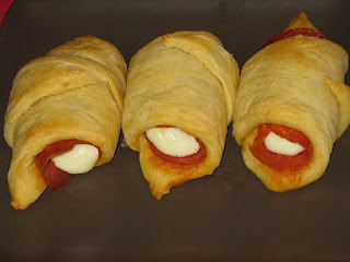Pepperoni Pizza Roll-Ups