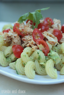 Avocado Pasta with Chicken & Tomatoes