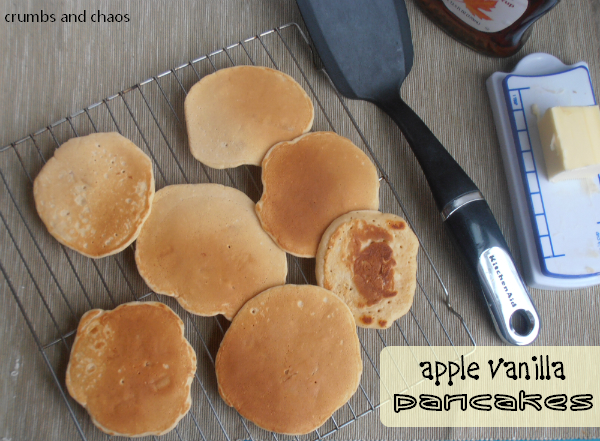 apple vanilla pancakes