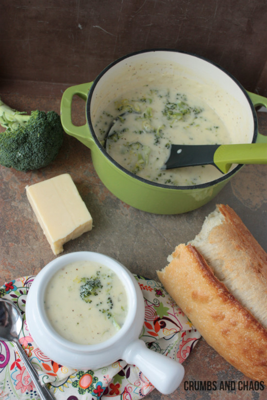 Broccoli Cheese Soup | Crumbs and Chaos  #soup #recipe #broccoli  www.crumbsandchaos.net