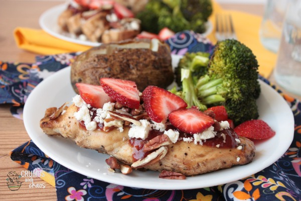 Grilled Chicken with Strawberries, Feta and Pecans