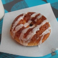 Cinnamon Roll Donuts | crumbsandchaos.net | #donuts #breakfast #cinnamonroll