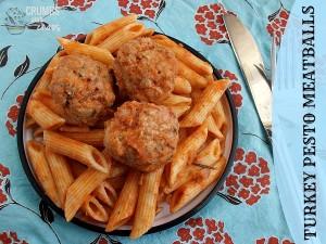 Turkey Pesto Meatballs | crumbsandchaos.net | #meatballs #turkey #dinner