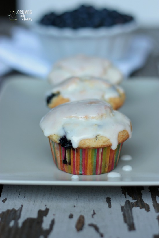 Blueberry Muffins with Creamy Lime Glaze | Crumbs and Chaos #breakfast #muffins #blueberries www.crumbsandchaos.net