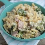 Ranch Ham Cheese & Veggie Pasta | Crumbs and Chaos #dinner #maindish #pasta www.crumbsandchaos.net