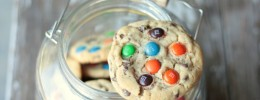 M&M Chocolate Chip Cookies | Crumbs and Chaos #softcookies www.crumbsandchaos.net