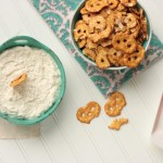 Garlic Feta Dip | Crumbs and Chaos #appetizer #dip #fetacheese www.crumbsandchaos.net