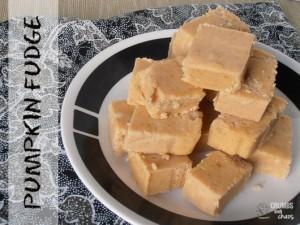 Pumpkin Fudge | crumbsandchaos.net | #pumpkin #fudge #dessert #fall