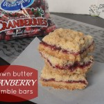 Brown Butter Cranberry Crumble Bars | crumbsandchaos.net | #dessert #cranberry #brownbutter