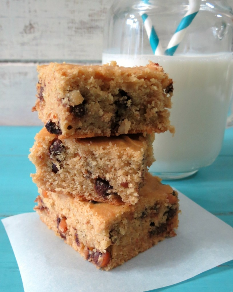 Peanut-Butter-Quinoa-Blondies-b