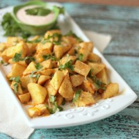 Simple Southwest Potatoes | Crumbs and Chaos #sidedish #potatoes www.crumbsandchaos.net