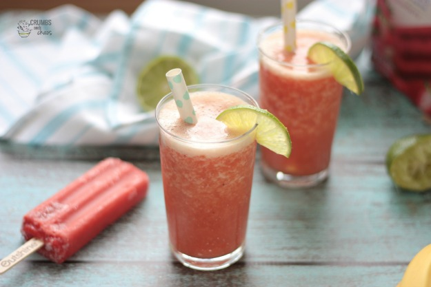 Strawberry Lime Smoothie | Crumbs and Chaos #Outshine #smoothie