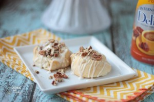 Pecan Cheesecake Rolls | Crumbs and Chaos