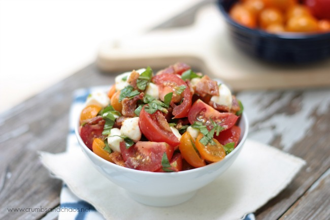 Bacon Basil Tomato Salad | Crumbs and Chaos #WalmartProduce #Tomatoes