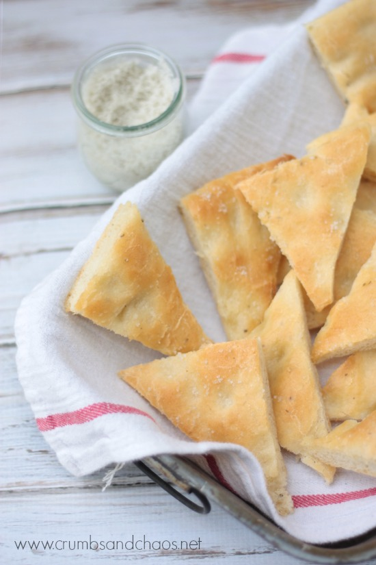 Easy Garlic Focaccia Bread   recipe on www.crumbsandchaos.net