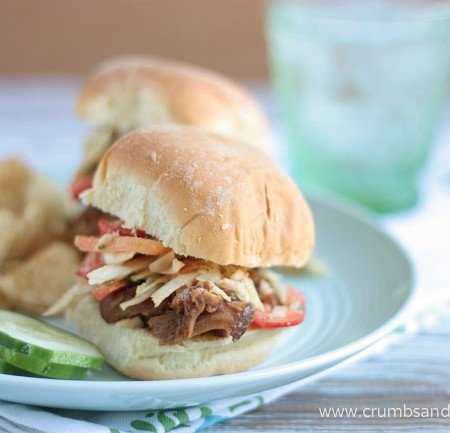 Honey Garlic Chicken Sliders with Asian Slaw | recipe on www.crumbsandchaos.net
