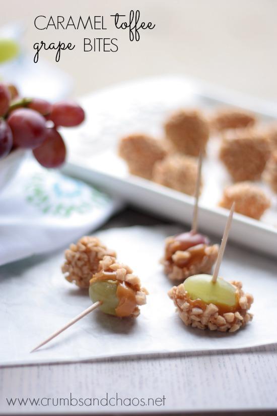 Caramel Toffee Grape Bites | recipe on www.crumbsandchaos.net