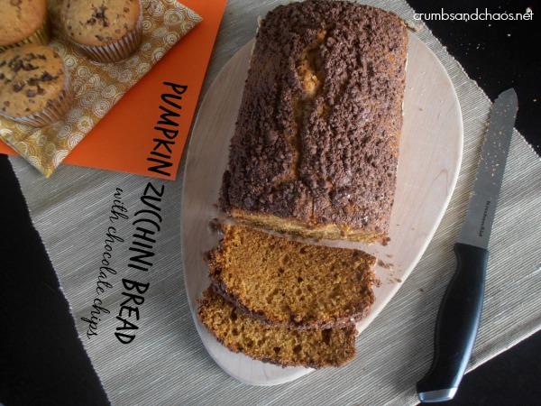 Pumpkin Zucchini Bread | crumbsandchaos.net | #bread #pumpkin #zucchini
