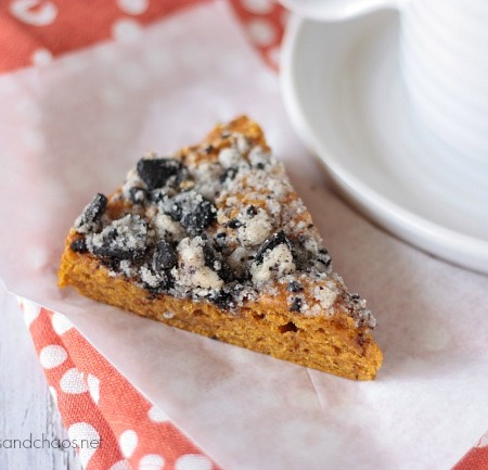 Pumpkin Coffee Cake with Oreo Streusel