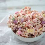 Gooey Marshmallow Popcorn | Crumbs and Chaos