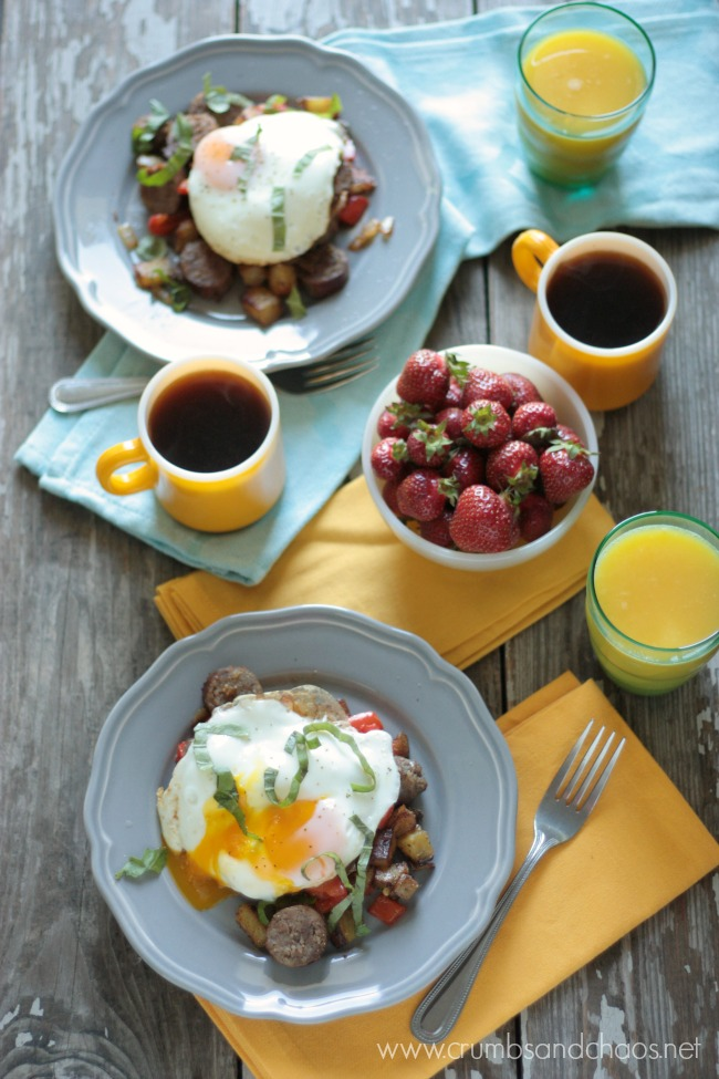 Brat Breakfast Hash | recipe by Crumbs and Chaos #SausageFamily