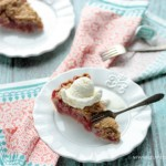 Strawberry Rhubarb Crumb Pie | Crumbs and Chaos